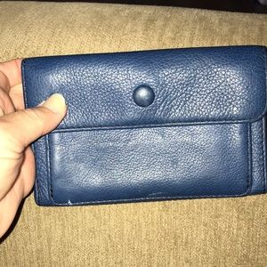 Fossil wallet that will hold a I-phone inside